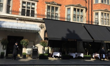 "MAYFAIR : the ""couture"" rendez-vous"