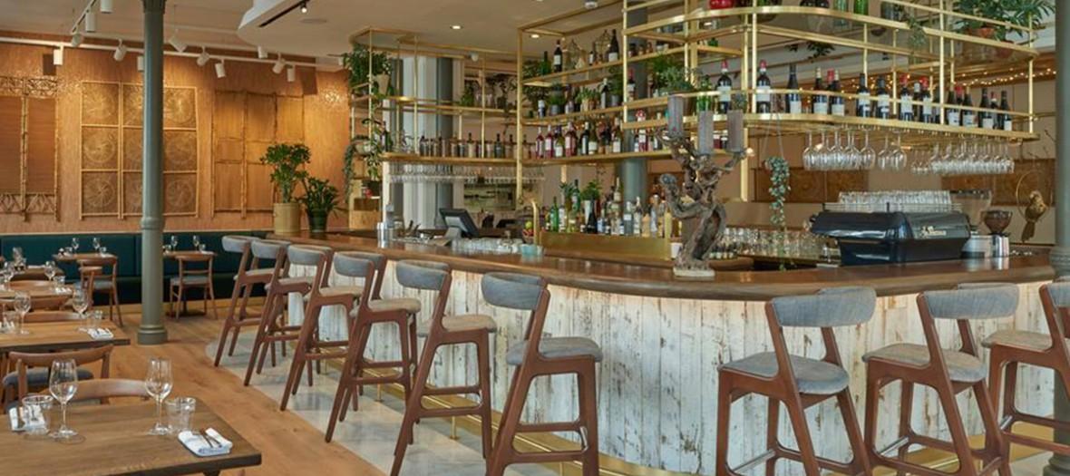 intérieur du restaurant Farmacy à Londres