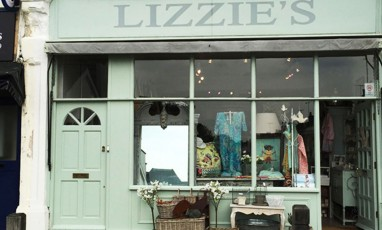 Lizzie's, The treasure hunt