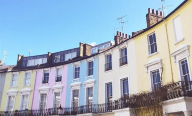 Primrose Hill : the locale of London's it-girls