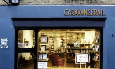 Caravansérail, la librairie-galerie franco-brit rêvée
